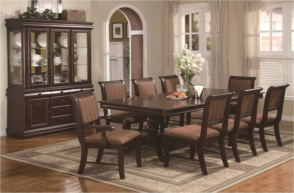 Merlot Dining Collection