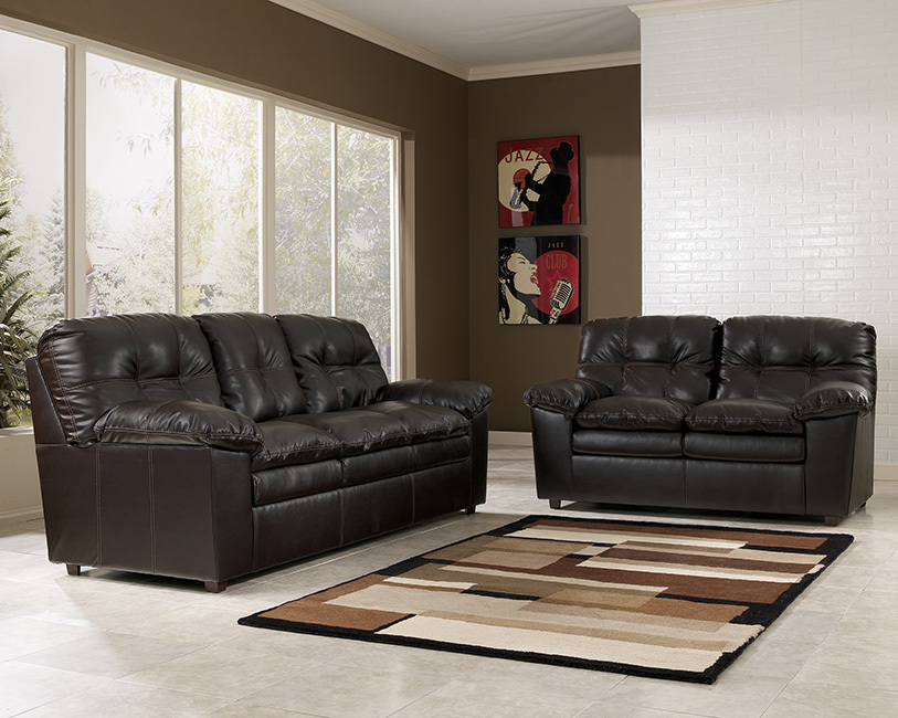 Jordon Living Room Set