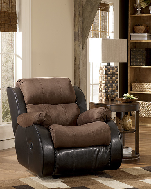 Presley Reclining Chair in Cocoa